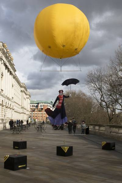Mary Poppins in Air Pollution Protest in London