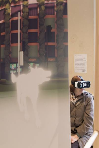 audience experiencing VR