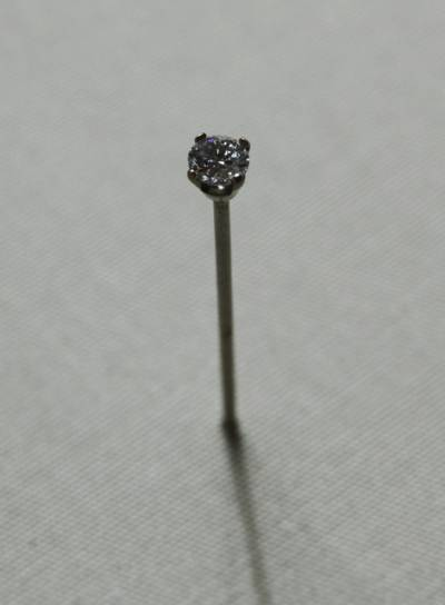 diamond on pin